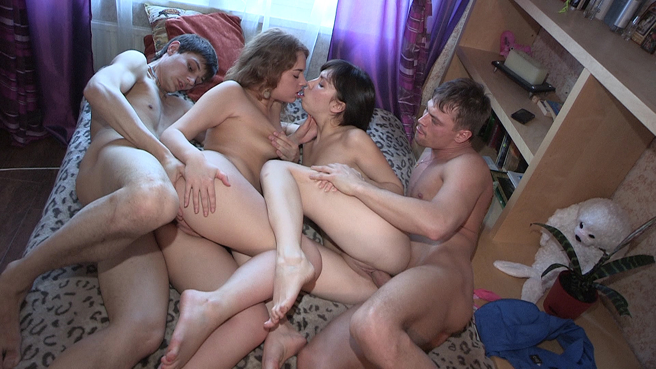 Cheating Wife Fucks Party